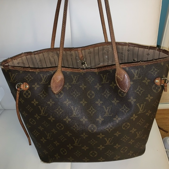 Louis Vuitton Handbags - AUTHENTIC LOUIS VUITTON NEVERFULL